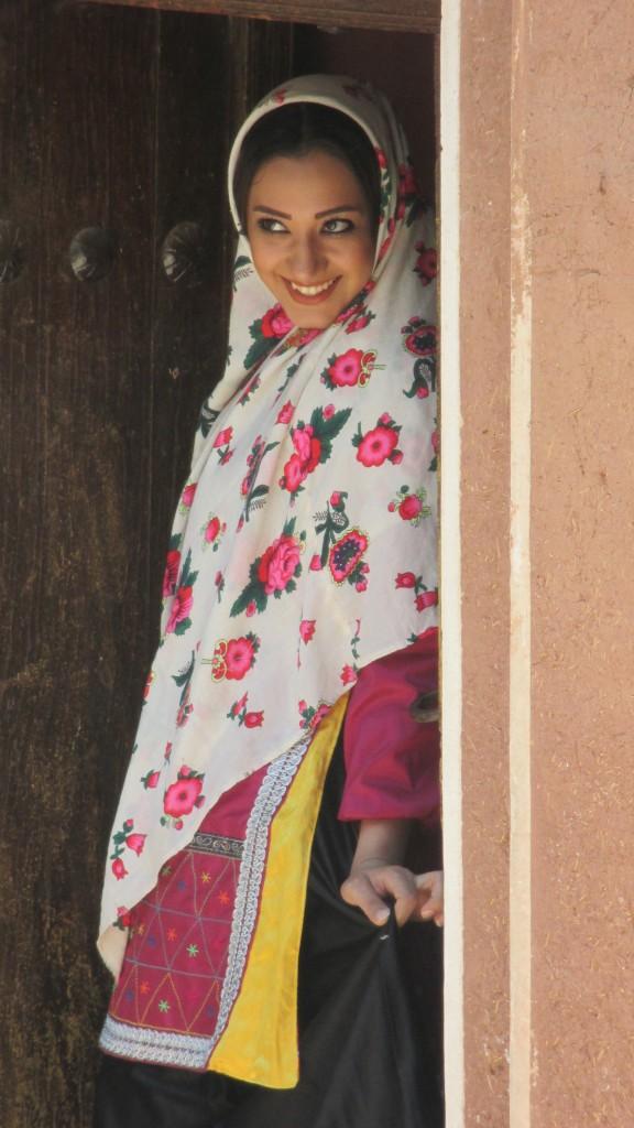 Zdjęcia: Wieś Abyaneh, Kashan, Zalotna muzułmanka? , IRAN