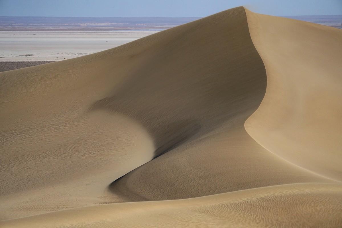 Zdjęcia: okolice Verzaneh, okolice Verzaneh, Najwieksza piaskownica w kraju..., IRAN