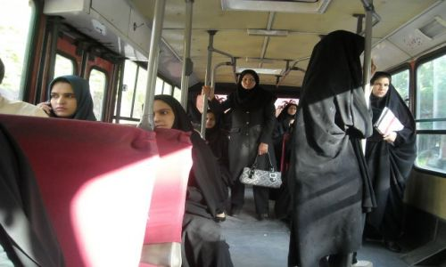Zdjecie IRAN / - / wesoly autobus / iran