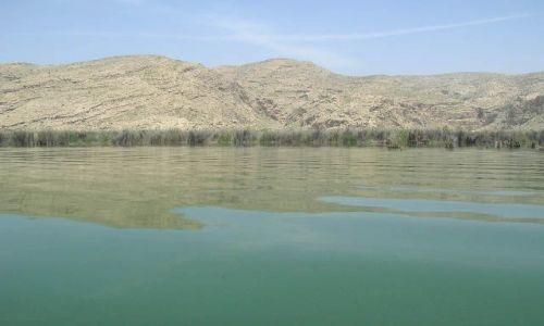 IRAN / brak / jezioro Parishan / irańskie krajobrazy (14)
