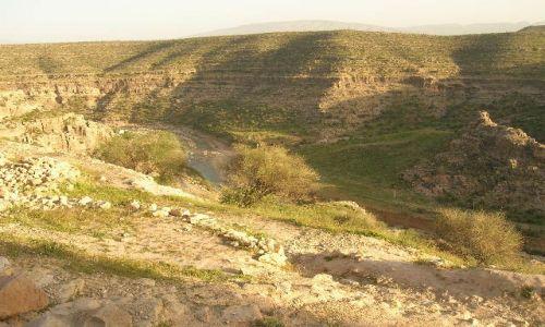 IRAN / brak / okolice Firuz Abad / irańskie krajobrazy (18)