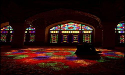 Zdjęcie IRAN / Fars / Shiraz / Nasir ol Molk 2