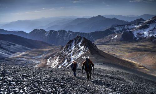Zdjecie IRAN / Góry Alborz / Alam Kuh 4850m / W drodze na szczyt