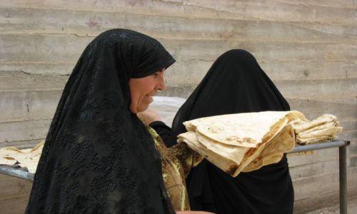 Zdjęcie IRAN / - / Esfahan / Chleba naszego powszedniego...