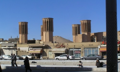 Zdjecie IRAN / Yazd / Yazd / łapacze wiatru
