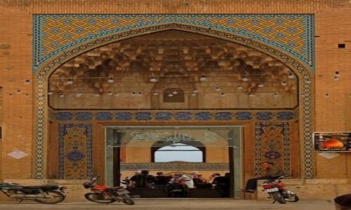Zdjęcie IRAN / Kashan / Agha Bozorg meczet / wejście do Agha Bozorg