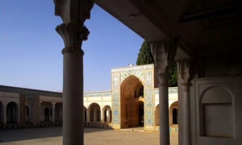 Zdjęcie IRAN / Mahan / Mauzoleum Szaha Nematollaha Vali / Dziedziniec