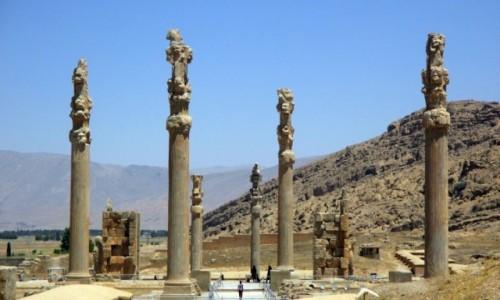 Zdjęcie IRAN / Shiraz / Tacht-e dżamszid (Parsa) / Kikuty dawnego przepychu