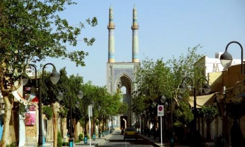 IRAN / Yazd / Meczet Pi�tkowy / Straight on