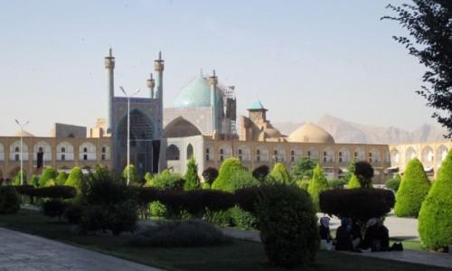 IRAN / Esfahan / Meczet Imama / Patrz�c z cienia