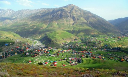 Zdjecie IRAN / Okolice wsi Polour / Pobliska g�ra / Patrz�c z g�ry