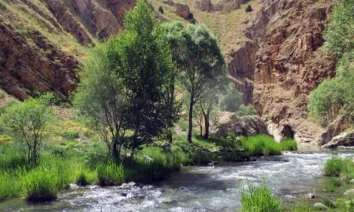 Zdjecie IRAN / Okolice wsi Polour / Kanion rzeki Zajadane / Kanion