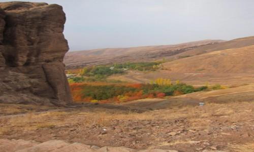 IRAN / Dolina Alamut / Alamut castle / Panorama z Zamku Alamut (Zamki Asasynów)