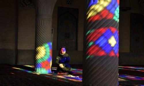 IRAN / Shiraz / Nasir al-mulk / Kolory Iranu