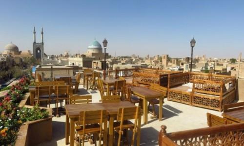 IRAN / - / Jazd / Widok na Jazd (stare miasto) z tarasu restauracji Baam