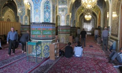 IRAN / - / Teheran / Meczet w środku