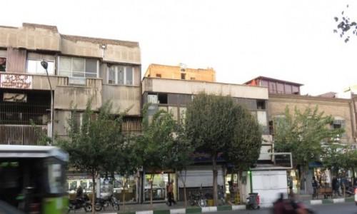 IRAN / - / Teheran / Typowe budynki - centrum miasta
