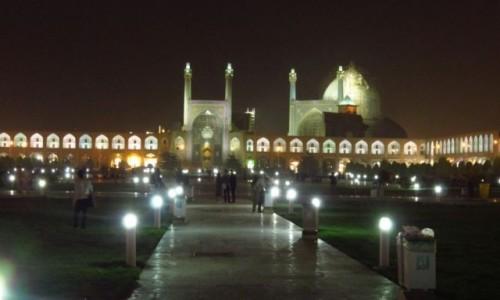 Zdjęcie IRAN / - / Isfahan / Plac Naqsh-e Jahan nocą - widok na Meczet Królewski / Imama