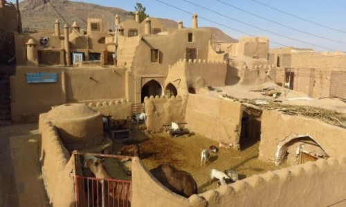 Zdjęcie IRAN / - / Pustynia Dasht-e Kavir / Garmeh - wioska