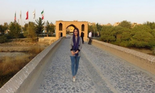 IRAN / - / Isfahan / Zabytkowy most Shahrestan - najstarszy w Isfahanie