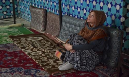 Zdjecie IRAN / Yazd / wnętrze meczetu / Nieznajoma