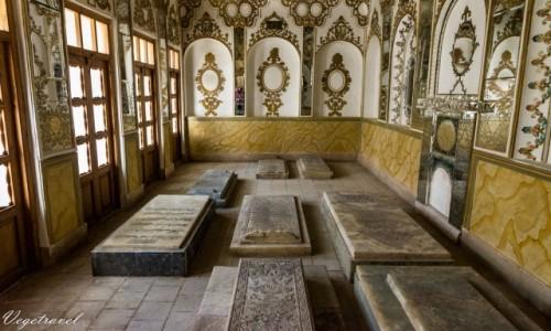 Zdjecie IRAN / Isfahan / Isfahan / Ciekawa koncepcja, cmentarz w domu