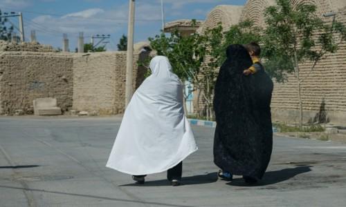 Zdjecie IRAN / okręg Isfahan / Verzaneh / Miasto