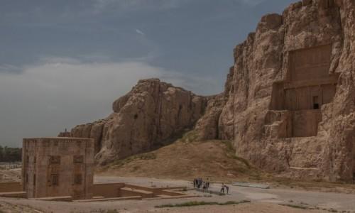 IRAN / płd. Iran /  okolice Shiraz / Necropolis
