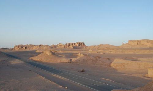 Zdjecie IRAN / Dasht-e Lut / pustynia / brak
