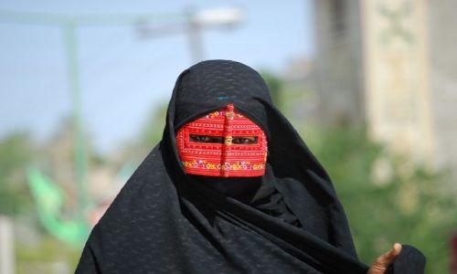 IRAN / brak / Minab / Minab - piekno iranskich oczu ...