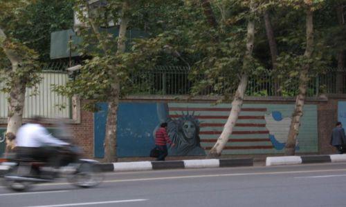 Zdjęcie IRAN / brak / Teheran / Najsłynniejsze graffiti na świecie