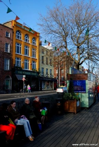 Zdjęcia: Dublin, The Liffey boardwalk, IRLANDIA