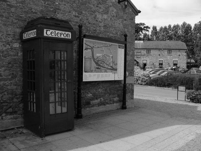 Zdjęcia: BUNRATTY, CLARE, TELEFON, IRLANDIA
