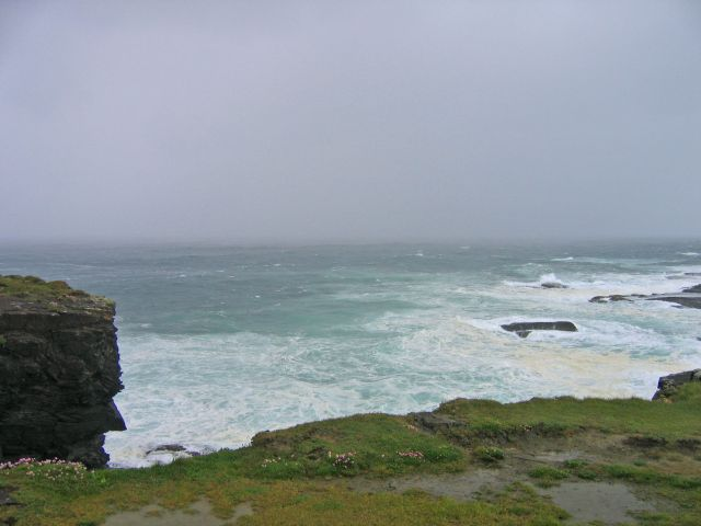 Zdjęcia: Okolice Doelin, Clifffs of Moher, widok na ocean i klify w okolicach Doelin, IRLANDIA