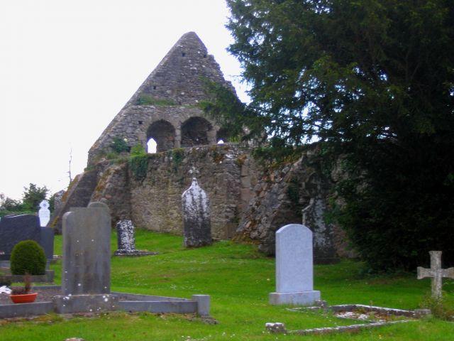Zdj�cia: Newtown, Hrabstwo Limerick, Cmentarz w Newtown, IRLANDIA