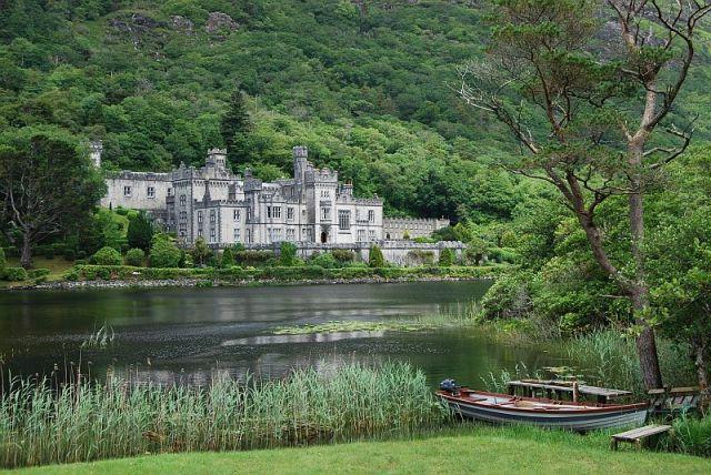 Zdjęcia: Connemara, Co. Galway, Kylemor Abbey, IRLANDIA