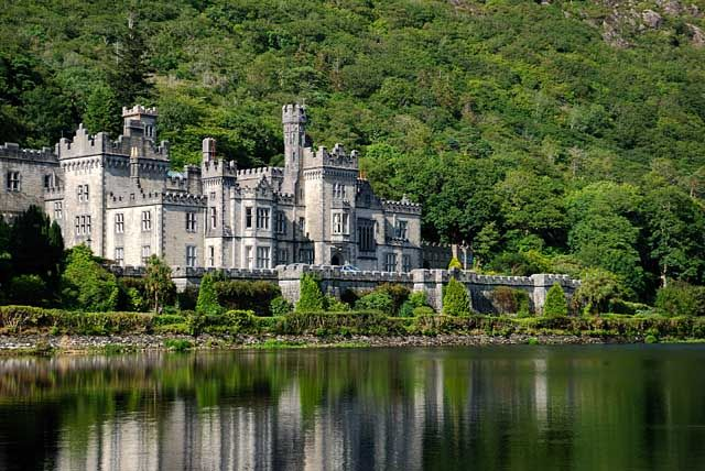 Zdjęcia: Connemara, Kylemore Abbey, IRLANDIA