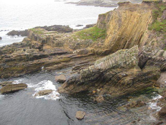 Zdjęcia: gdzieś tam... na szlaku ..małe klify, zimno..brr.., IRLANDIA