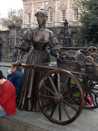 Zdjęcia: Dublin, Pomnik Molly Malone w centrum, IRLANDIA
