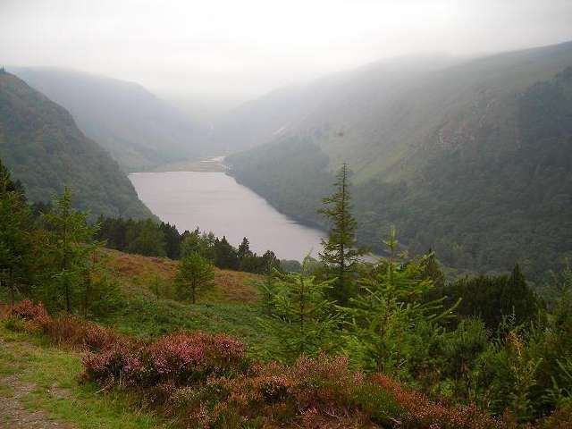 Zdjęcia: Gory Wicklow, Hrabstwo Wicklow, Widok na dolinke Glendalough, IRLANDIA
