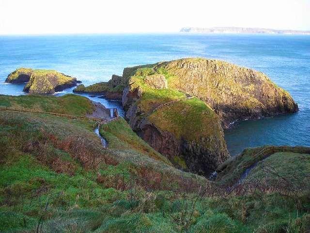 Zdjęcia: Carrick-a-Rede, Hrabstwo Antrim, Wyspy Carrick-a-Rede, IRLANDIA