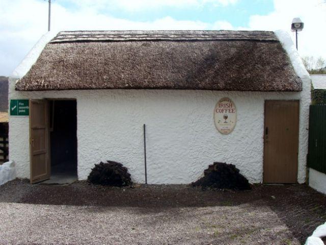Zdjęcia: Glenbeigh, Kerry Bog Village, Skansen - chatka z pierwszej dekady XIX w., IRLANDIA
