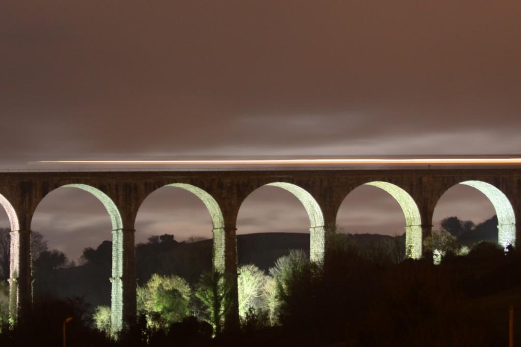 Zdjęcia: Newry, County Down, Craigmore Viaduct nocą, IRLANDIA