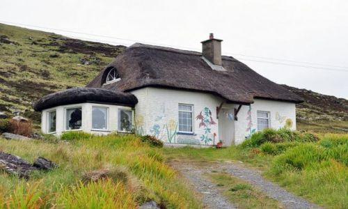 Zdjęcie IRLANDIA / - / Valencia Island / Jeden z wielu po drodze