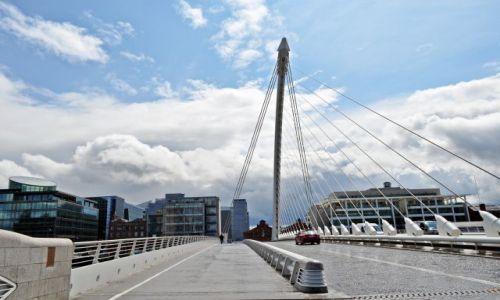 Zdjęcie IRLANDIA / - / Dublin / Samuel Beckett Brige