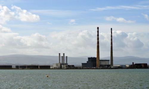 Zdjęcie IRLANDIA / - / Dublin / Widok na elektrownie