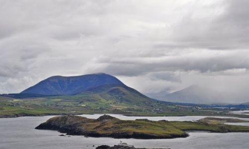 IRLANDIA / - / Valencia Island / Widok na wysepki