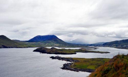 Zdjęcie IRLANDIA / - / Valencia Island / Widok na wysepki