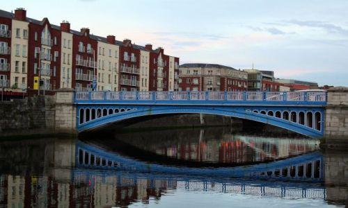 Zdjęcie IRLANDIA / - / Dublin / Most dubliński