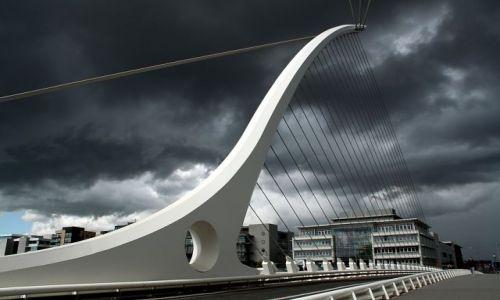 Zdjęcie IRLANDIA / - / Dublin / Nowy most